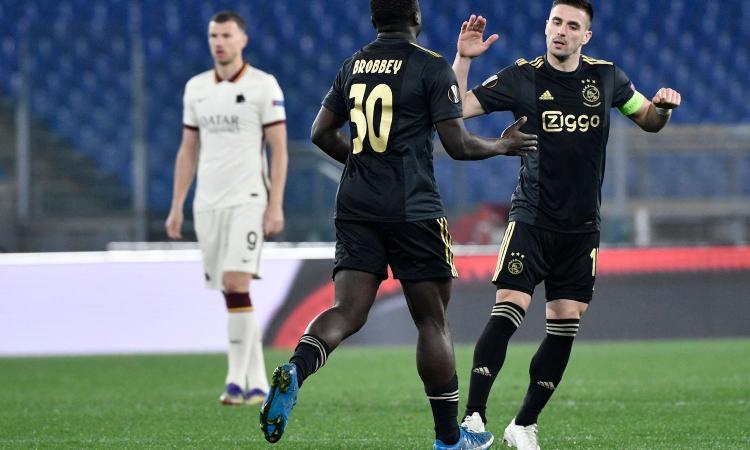 Roma-Ajax, rivivi la MOVIOLA: annullato un gol a Tadic col Var. Mancini salta la semifinale d'andata