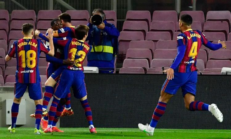 Liga: Dembele stende il Valladolid al 90' tra le proteste, Barcellona a -1 dall'Atletico. E sabato c'è il Clasico