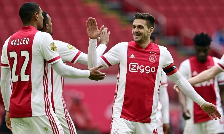 Roma, l'Ajax vince ma non brilla: decide il recuperato Haller