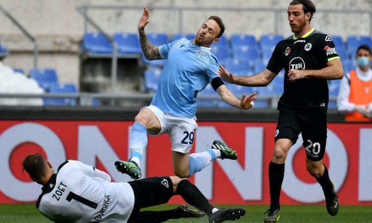 Serie A, rivivi la MOVIOLA: annullato un gol al Parma, rigore Lazio all'87. Espulsi Ribery, Lazzari e Correa