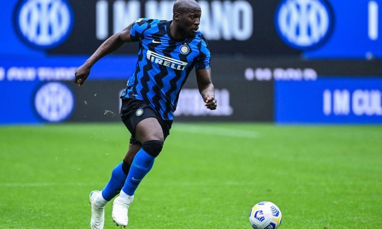 Lukaku: 'Siamo cresciuti e affamati, tutti aspettavano di rivedere l'Inter al vertice. Con Conte sono il primo difensore'