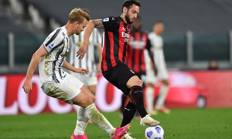 Calhanoglu verso l'addio al Milan: Juve in stand-by, spunta il Liverpool