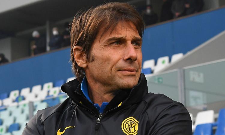 Conte si sente ancora dell'Inter: '2 anni bellissimi, sfortunati in Champions'. Poi gaffe su Dumfries: 'Abbiamo preso...'