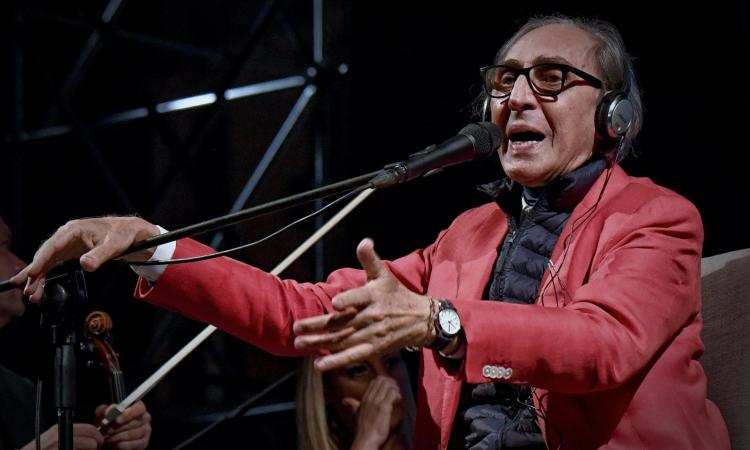 È morto Franco Battiato: il cantautore aveva 76 anni