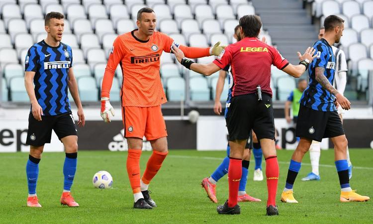 Inter, le pagelle di CM: Handanovic, un buco dietro l'altro. Lautaro di nuovo on fire, Brozovic appannato