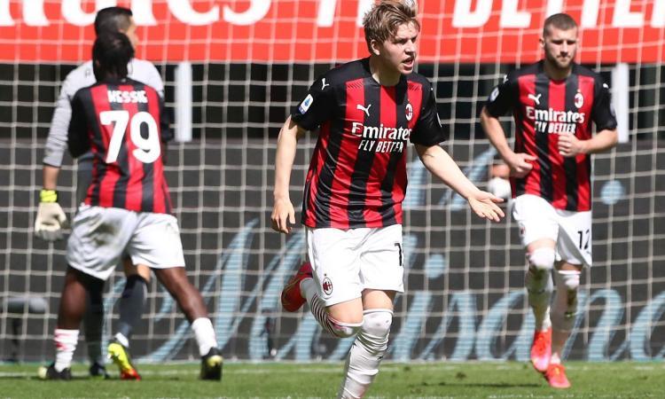 Il Wolfsburg piomba su Hauge: la posizione del Milan