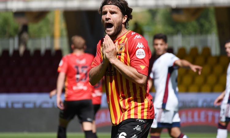Serie A, la MOVIOLA: Doveri toglie un rigore al Benevento all'86' con il VAR