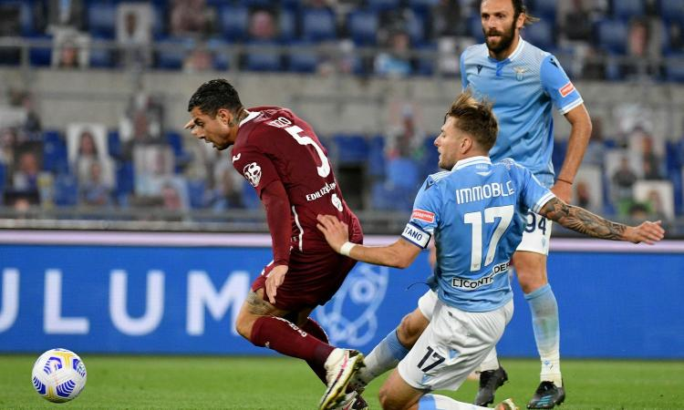 Lazio-Torino, rivivi la MOVIOLA: gol annullato a Immobile, Muriqi chiede due rigori. Dubbio il penalty concesso