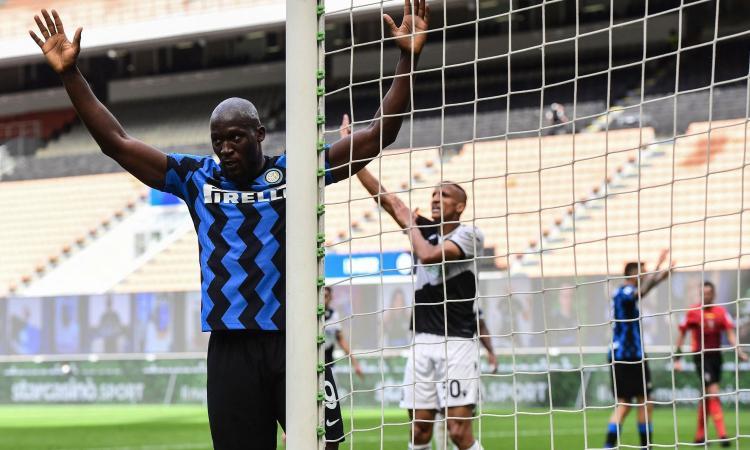 Inter, Lukaku si commuove: 'Avevo promesso a mio nonno che avrei vinto e l'ho fatto. Inizio di un ciclo? Lo spero davvero'
