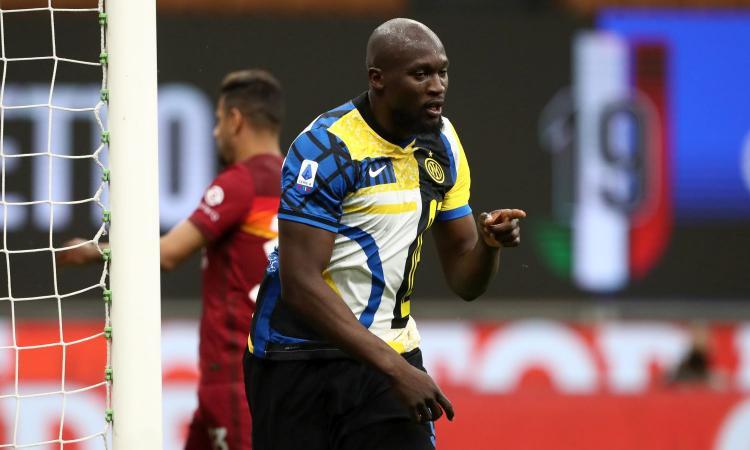 Blitz carabinieri alla festa abusiva di Lukaku: 24 multati, presenti altri tre giocatori dell'Inter