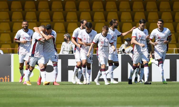 Il Cagliari vince anche a Benevento, finisce 3-1: Semplici a + 4, ora Inzaghi vede il baratro. Giallo rigore nel finale