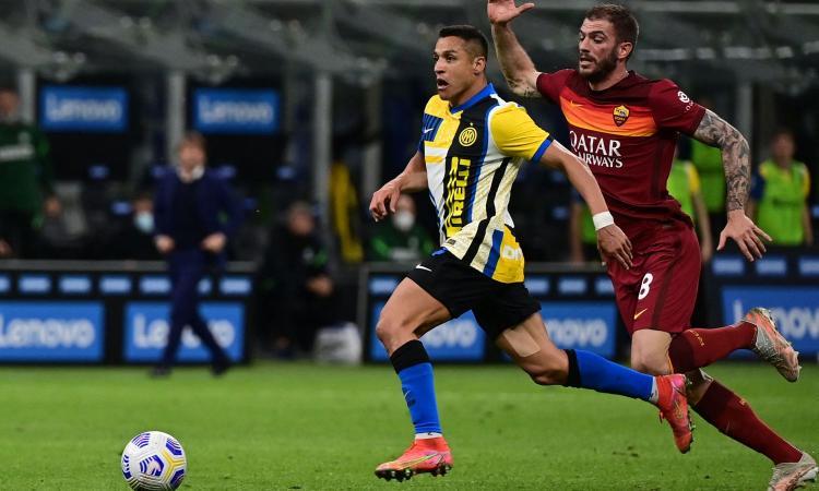 Inter, problema alla caviglia per Sanchez
