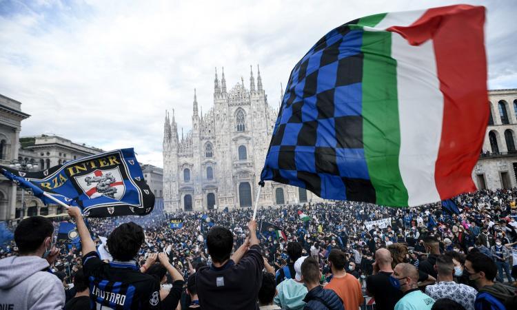 'Il sindaco di Milano è interista', 'E le norme anti Covid?', 'Come in India': Inter, è polemica per la festa in piazza