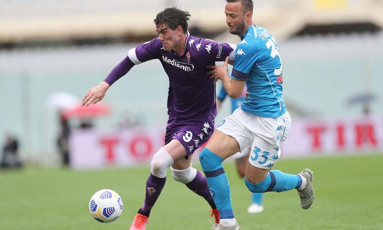 Fiorentina-Napoli, rivivi la MOVIOLA: Milenkovic su Rrahmani, il Var dà il rigore. Manca il secondo giallo al serbo