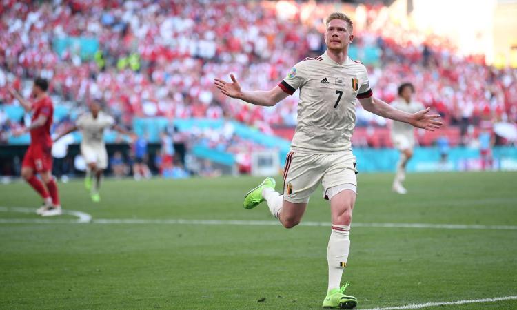 Una bella Danimarca spazza via il Belgio per un tempo, poi è De Bruyne show: i top player vincono sul bel gioco