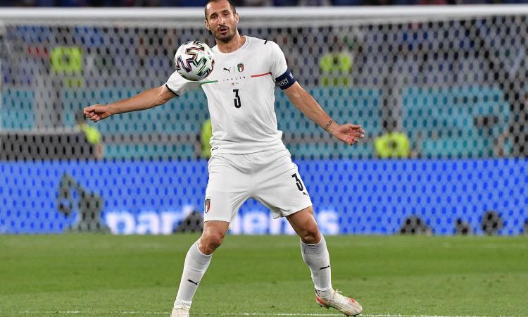 Italia, Chiellini orgoglioso: 'L'inno urlato, la maglia addosso, il pubblico: avanti così!'