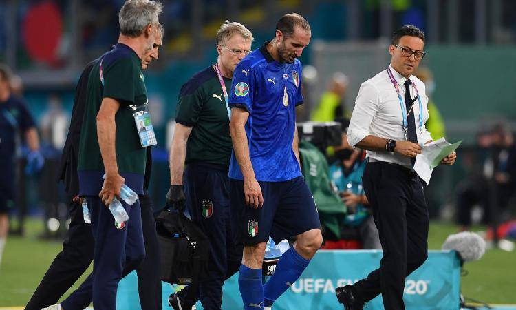 Italia, per Chiellini il problema muscolare non è grave: salta il Galles, lavora per gli ottavi