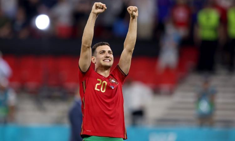 Belgio-Portogallo, le formazioni ufficiali: Lukaku contro Ronaldo, dal 1' Eden Hazard e Dalot. Fuori Fernandes