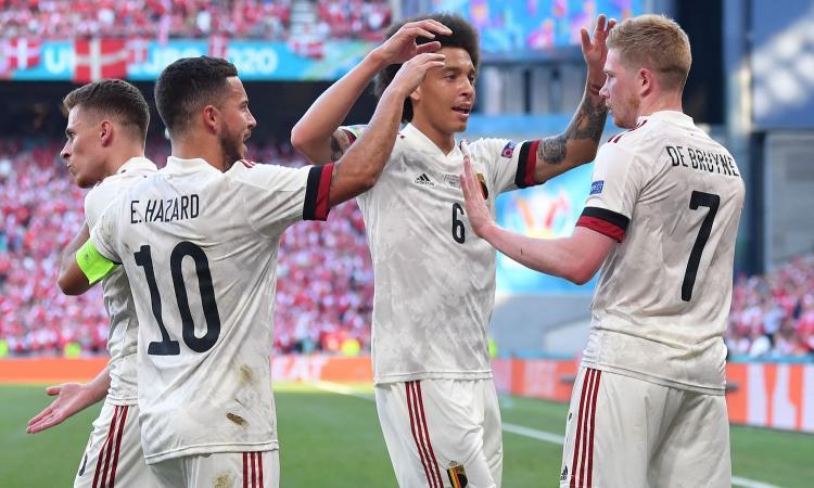 De Bruyne è poesia, il Belgio batte 2-1 una Danimarca sfortunata ed è a un passo dagli ottavi