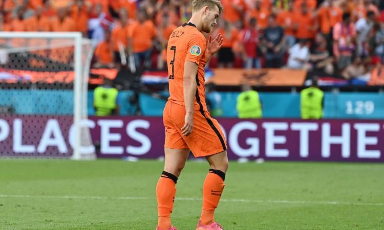 De Ligt prima salva, poi rovina e cambia la partita: Olanda a casa
