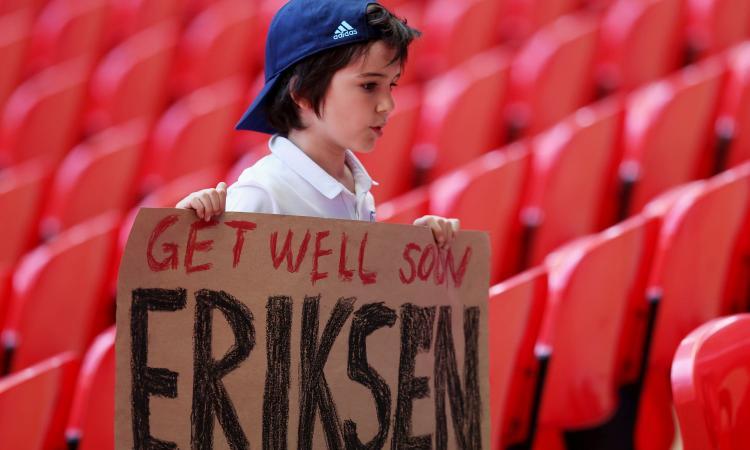Dramma Eriksen, il giorno dopo: test ok. Il medico: 'Non so cosa sia accaduto'. Tutti i messaggi per il danese