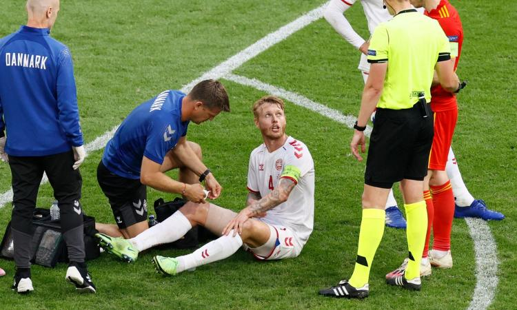 Danimarca, infortunio per Kjaer contro il Galles