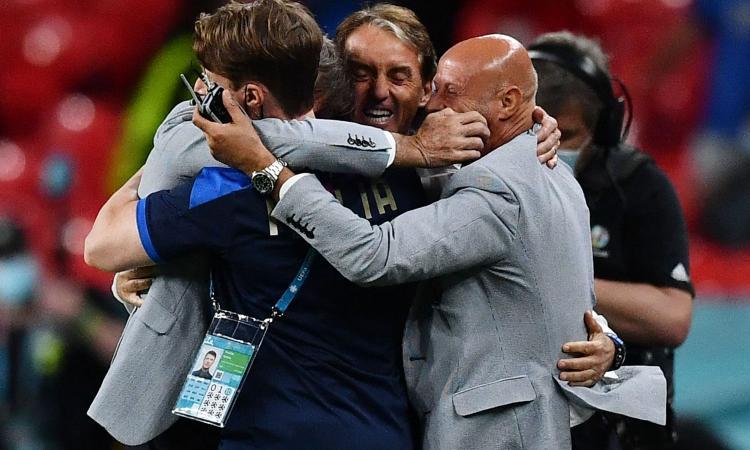 Mancini: 'Con l'Inghilterra una grande finale, ho sempre creduto in questa Italia. L'abbraccio a Vialli e Spinazzola...'