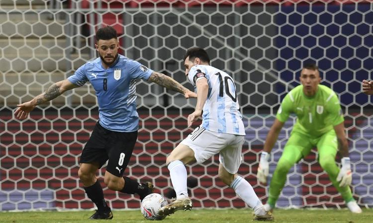 Inter-Nandez: il Leeds non convince l'uruguaiano