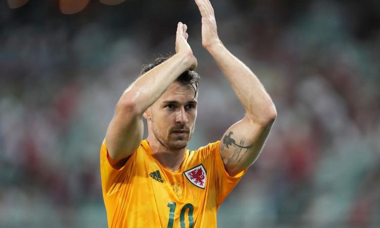Juventus, Ramsey pronto all'addio: su di lui due club di Premier