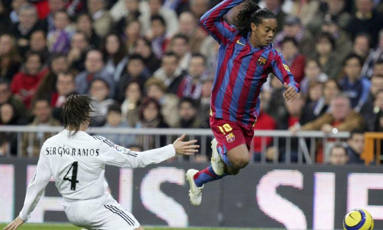 'Ma ti ricordi quella volta?': Ronaldinho e Ramos si sfidano, Clasico a Fifa 21 in diretta su Twitch!