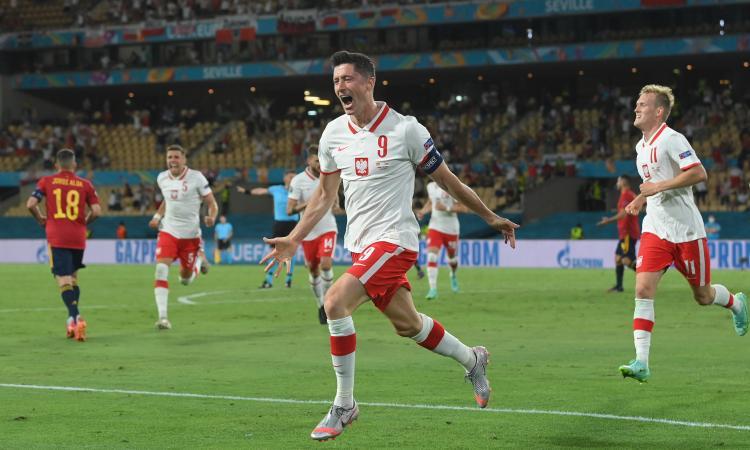 Spagna-Polonia 1-1: Lewandowski risponde a Morata, è tutto aperto