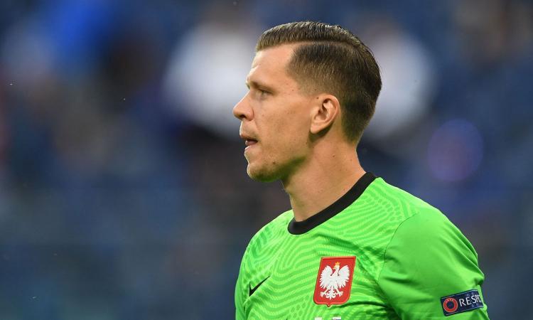 Juve, Szczesny dal ritiro della Polonia: 'Non ascolto le critiche e guardo avanti'