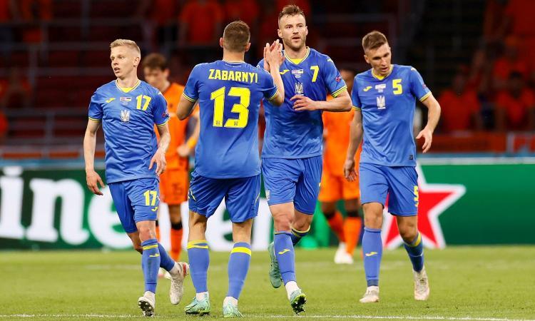 Olanda-Ucraina, le pagelle di CM: Malinovskiy sbaglia tutto, Yarmolenko e Dumfries show. Depay non brilla