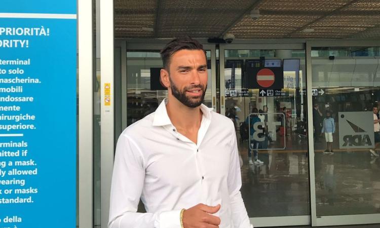 Roma, si presenta Rui Patricio: 'Qui per la grandezza del club e per Mourinho. L'eredità di Alisson...' VIDEO