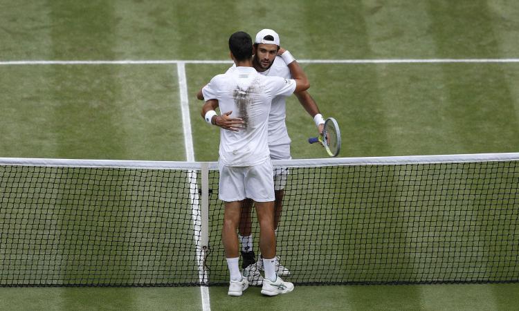 Berrettini ko a testa alta, Djokovic vince Wimbledon: 3-1 in finale, nuovo record
