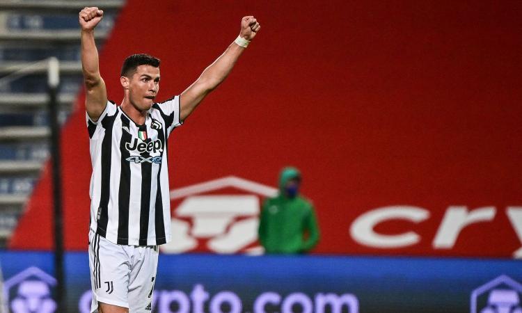 Juve, un tifoso a Nedved: 'Ronaldo resta?'. La risposta: 'Arriva, arriva' VIDEO