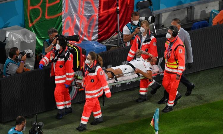 Italia, confermata la rottura del tendine d'Achille per Spinazzola che lascia il ritiro: 'Tornerò presto'
