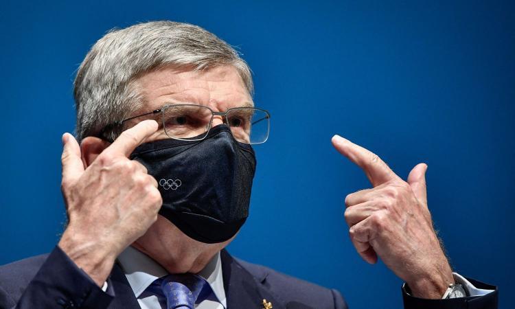 Primo caso di Covid nel villaggio olimpico e ci sono altri 14 positivi: per Tokyo 2020 scatta l'allarme