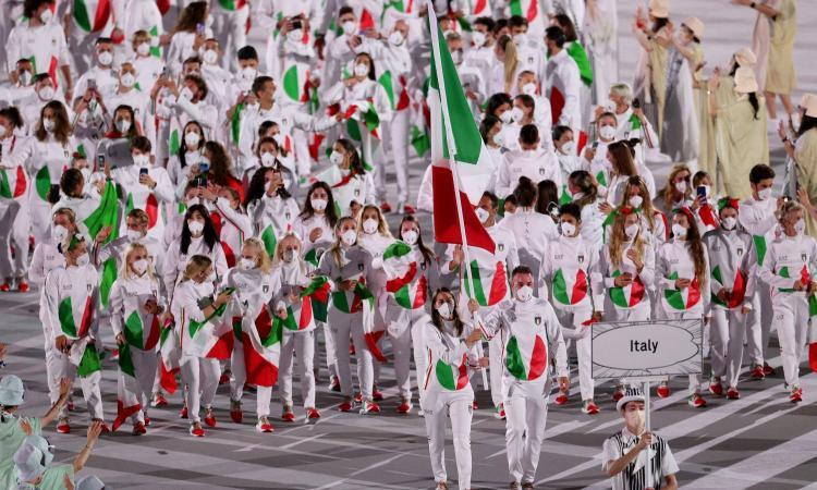 Dopo la Nazionale di calcio Armani ci ricasca: gli italiani alle Olimpiadi sembrano i Teletubbies