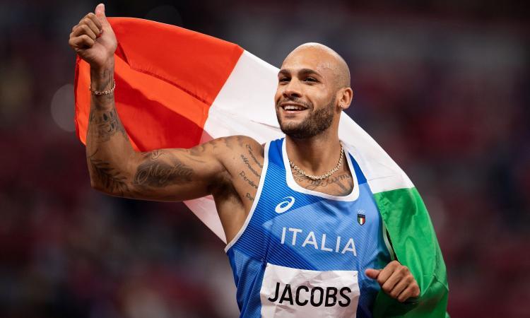 Olimpiadi, Jacobs portabandiera dell'Italia nella cerimonia conclusiva