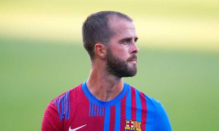 Pjanic non aspetterà a lungo la Juve: niente Decreto Crescita, l'agente apre ad alternative per lasciare il Barcellona