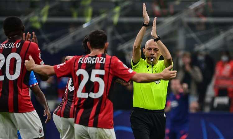 Cakir, l'arbitro che 'strizza l'occhio' ai potenti: dopo Juve e Roma, fa piangere il Milan. Tradito pure dal Var