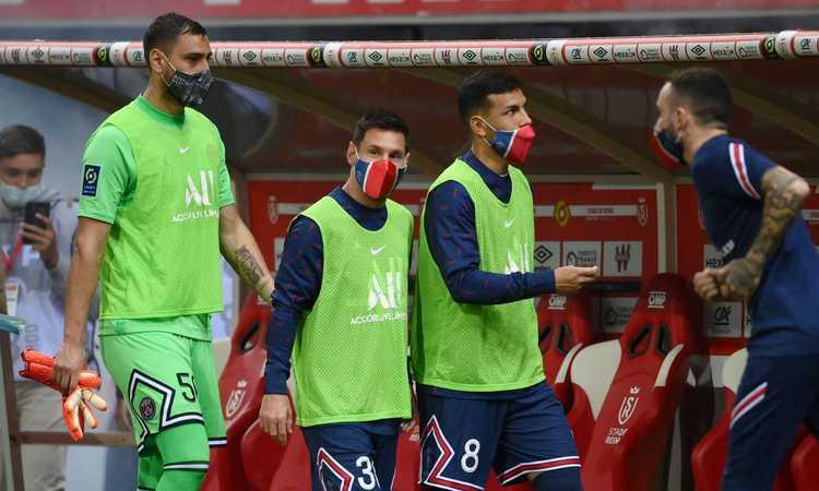 Donnarumma non è felice al PSG: Raiola vuole portarlo alla Juve