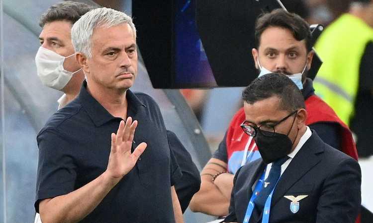 Roma, Mourinho: 'Arbitro e var non all'altezza. C'erano un rigore e il rosso a Leiva. Noi i migliori in campo'