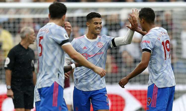 Man United, 2-1 al West Ham: Ronaldo segna ancora, l'ex Lingard decisivo, che errore di Noble! Leicester ko a Brighton