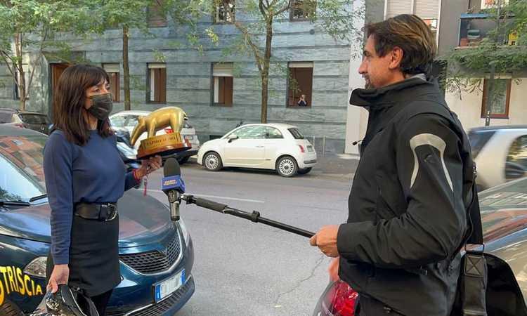 Ambra lasciata da Allegri, per lei c'è il Tapiro: 'Almeno lui in casa a Milano entra...'. E la figlia attacca su Instagram